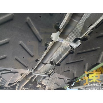 Mercedes-Benz W176 2WD Middle Lower Arm Bar